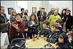Turismo in Barriera # 3, passeggiata alla scoperta di insoliti punti di vista in Barriera di Milano. Progetto della associazione ONEOFF nell'ambito di 'Cosa succede in Barriera' con la partecipazione di Luca Morino. Qui alla Galleria Ariele. Apr 2013