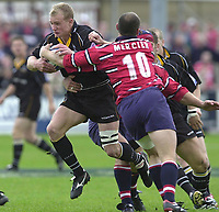 18/05/2002.Sport -Rugby Union- Zurich Championship Quarter final.Gloucester vs Newcastle.Newcastle's Jamie Noon, going for the gap...[Mandatory Credit, Peter Spurier/ Intersport Images].