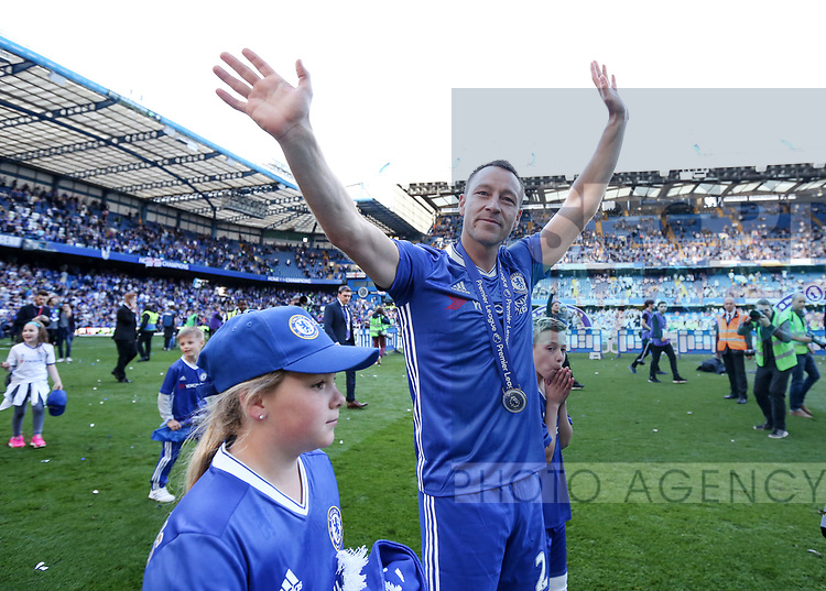 Chelsea's John Terry waves goodbye during the Premier League match at Stamford Bridge Stadium, London. Picture date: May 18th, 2017. Pic credit should read: David Klein/Sportimage