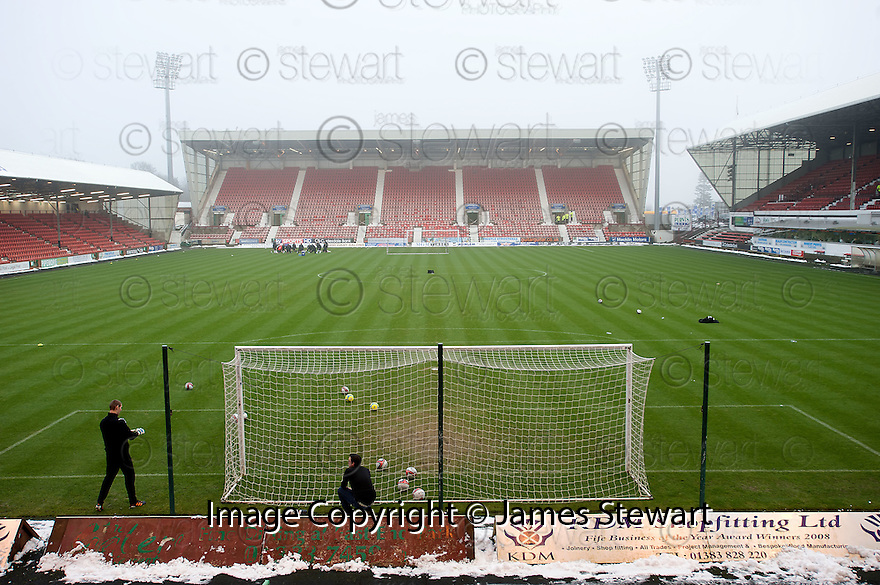 GENERAL VIEW OF EAST END PARK AT 14.15 AFTER REFEREE BOBBY MADDEN CALLED THE GAME OFF