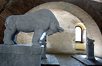 "Statue di pietra raffiguranti alcuni degli animali dello zodiaco cinese, parte della grande installazione ""Pechino 2008: il tempo, gli animali, la storia"", dell'artista cinese Huang Rui, al Museo delle Mura di Porta San Sebastiano, Roma, 8 febbraio 2008..Stone carvings representing some of the animals of the Chinese zodiac, part of the large-scale installation ""Beijing 2008: Animal time in Chinese history"" by the Chinese artist Huang Rui, at Rome's Wall Museum of St. Sebastien's Door, 8 february 2008..UPDATE IMAGES PRESS/Riccardo De Luca"