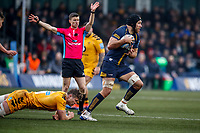 25th January 2020; Sixways Stadium, Worcester, Worcestershire, England; Premiership Rugby, Worcester Warriors versus Wasps; Graham Kitchener of Worcester Warriors breaks the tackle