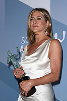 LOS ANGELES - JAN 19:  Jennifer Aniston at the 26th Screen Actors Guild Awards at the Shrine Auditorium on January 19, 2020 in Los Angeles, CA