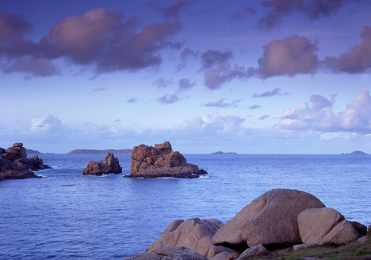 Europe, FRA, France, Brittany, Ploumanach, Cote de Granite Rose, Rocky Coast, Landscape, Typical Coast, Rocks....[ For each utilisation of my images my General Terms and Conditions are mandatory. Usage only against use message and proof. Download of my General Terms and Conditions under http://www.image-box.com or ask for sending. A clearance before usage is necessary...Material is subject to royalties. Each utilisation of my images is subject to a fee in accordance to the present valid MFM-List...Contact | archive@image-box.com | www.image-box.com ]