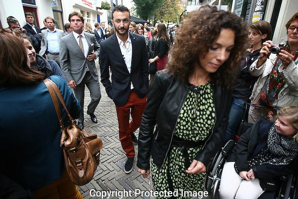 20121001 - Utrecht - Foto: Ramon Mangold - Nederlands Film Festival, NFF 2012, Ceremonie op de Talent&Pro Filmboulevard. Aankomst van (VRNL) Paula van der Oest (regisseur Black Butterflies), Nasrdin Dchar (Rabat) en Edwin van den Elst (Commercieel Directeur Talent&Pro)