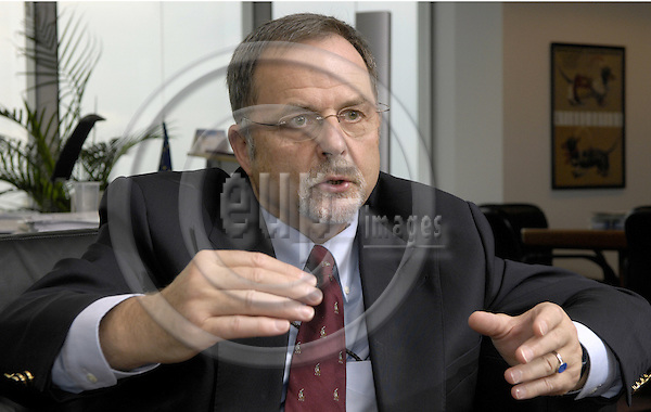 Brussels-Belgium - 11 July 2007---Franz-Hermann BRÜNER (Bruener, Bruner), Director General of the European Anti-Fraud Office (OLAF), during an interview in his office---Photo: Horst Wagner/eup-images