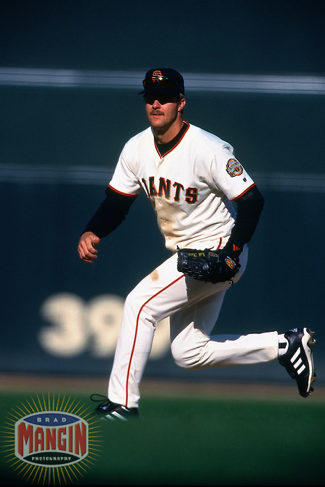 SAN FRANCISCO, CA - Jeff Kent of the San Francisco Giants plays defense at second base during a game against the New York Mets at Pacific Bell Park in San Francisco, California in 2000. Photo by Brad Mangin