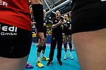 03.12.2017, Halle Berg Fidel, Muenster<br />Volleyball, Bundesliga Frauen, Normalrunde, USC MŸnster / Muenster vs. Rote Raben Vilsbiburg<br /><br />Auszeit / Timeout Vilsbiburg - Timothy Lippuner (Trainer / Coach Vilsbiburg)<br /><br />  Foto &copy; nordphoto / Kurth