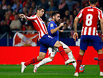 Athletic Club de Bilbao's Unai Lopez and Atletico de Madrid's Alvaro Morata during La Liga match. Oct 26, 2019. (ALTERPHOTOS/Manu R.B.)