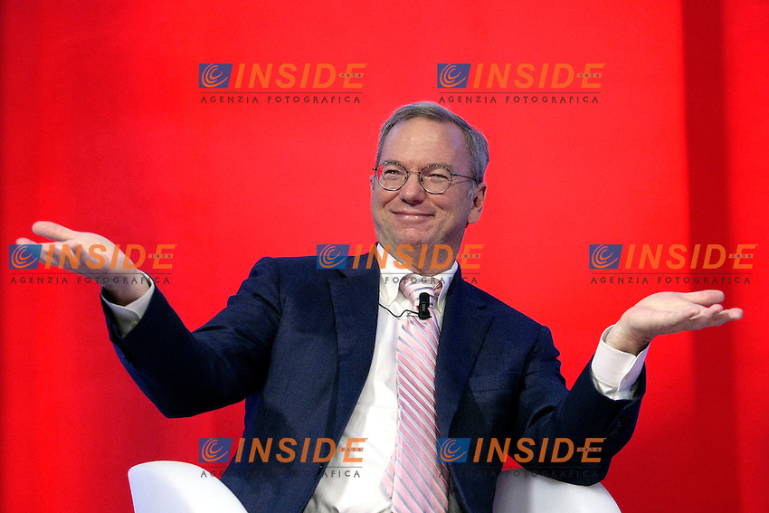 Eric Schmidt, Chief executive chairman Google, amministratore delegato Google<br /> Roma 09-10-2013 Tempio di Adriano. Evento 'Google Big Tent'.<br /> Event ' Google Big Tent<br /> Photo Samantha Zucchi Insidefoto