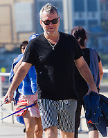 Celebrity Sighting-Jimmy Barnes walking the dogs @ Bondi