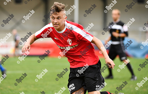 2016-07-30 / Voetbal / Seizoen 2016-2017 / TSV Lyra / Kenzo Kennes<br /> <br /> Foto: Mpics.be