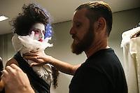 SÃO PAULO, SP, 12.04.2016 - CASA-CRIADORES - Backstage da Casa dos Criadores realizado no Estúdios Quanta na região oeste da cidade de São Paulo nesta terça-feira, 12. (Foto: Vanessa Carvalho/Brazil Photo Press)