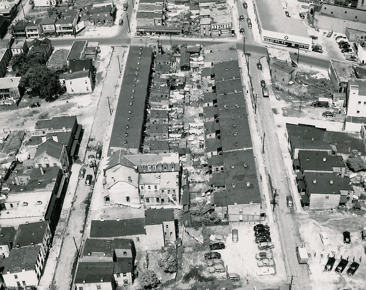 1949 August 29..Redevelopment.Project#1 (UR1-1)..Vertical Strut left foreground & Smith Street.Young Park.Slum Aerial..PHOTO CRAFTSMEN INC..NEG# 6-426.NRHA# 361-C..