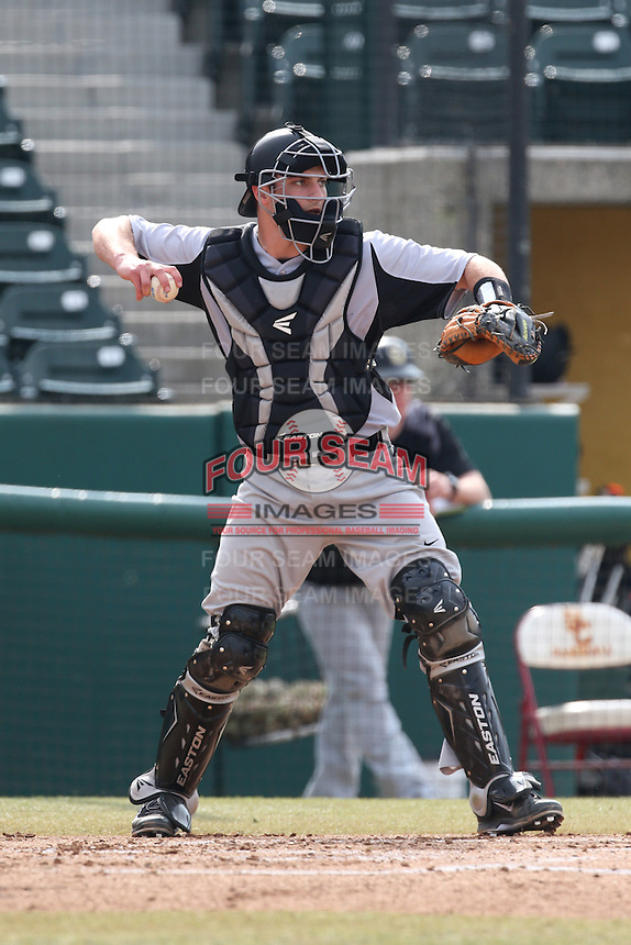 Matt DiLeo (7) of the Oakland Grizzlies in the field during a game against the Southern California Trojans at Dedeaux Field on February 21, 2015 in Los Angeles, California. Southern California defeated Oakland, 11-1. (Larry Goren/Four Seam Images)