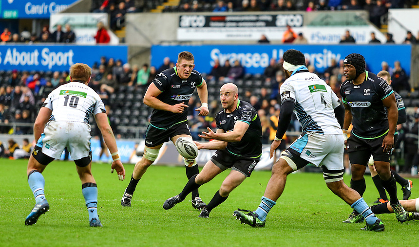 Ospreys' Brendon Leonard passes from a scrum.<br /> <br /> Photographer /Dan MintoCameraSport<br /> <br /> Guinness PRO12 Round 16  - Ospreys v Glasgow Warriors - Sunday 26th February 2017 - Liberty Stadium - Swansea<br /> <br /> World Copyright &copy; 2017 CameraSport. All rights reserved. 43 Linden Ave. Countesthorpe. Leicester. England. LE8 5PG - Tel: +44 (0) 116 277 4147 - admin@camerasport.com - www.camerasport.com
