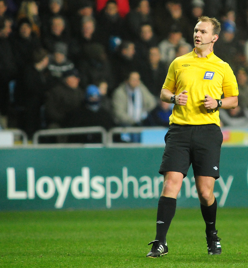 Referee Robert Madley ..Football - Johnstone's Paint Northern Area Semi-Final - Coventry City v Preston North End - Thursday 10th January 2013 - Ricoh Stadium - Coventry. .