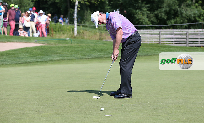 Birdie on the 11th for Paul Lawrie (SCO) during Round Two of the 2015 BMW International Open at Golfclub Munchen Eichenried, Eichenried, Munich, Germany. 26/06/2015. Picture David Lloyd | www.golffile.ie