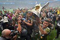 SÃO PAULO,SP, 02.12.2018 - PALMEIRAS-VITÓRIA – Dudu do Palmeiras comemora a conquista do Campeonato Brasileiro de 2018, após  partida contra o Vitória na Arena Allianz Parque em São Paulo, neste domingo, 02. (Foto: Levi Bianco/Brazil Photo Press)