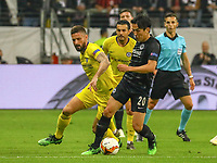Makoto Hasebe (Eintracht Frankfurt) holt sich den Ball gegen Olivier Giroud (Chelsea FC) - 02.05.2019: Eintracht Frankfurt vs. Chelsea FC London, UEFA Europa League, Halbfinale Hinspiel, Commerzbank Arena DISCLAIMER: DFL regulations prohibit any use of photographs as image sequences and/or quasi-video.
