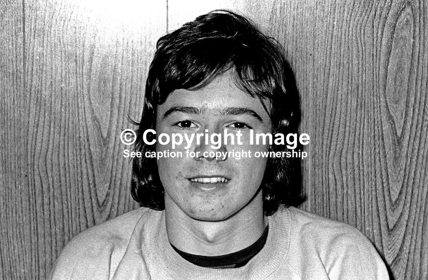 Roy Walsh, footballer, Glentoran FC, Belfast, N ireland, October, 1972, 197210280662<br />