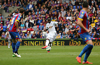 Pictured: Marvin Emnes of Swansea (C)<br />