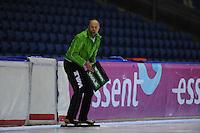 SCHAATSEN: HEERENVEEN: 05-10-2013, IJsstadion Thialf, Trainingwedstrijd, 3000m, coach Gerard Kemkers, ©foto Martin de Jong