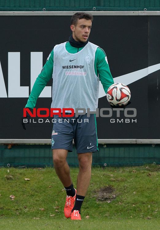 25.02.2015, Trainingsgelaende, Bremen, GER, 1.FBL, Training Werder Bremen, im Bild Franco Di Santo (Bremen #9)<br /> <br /> Foto &copy; nordphoto / Frisch