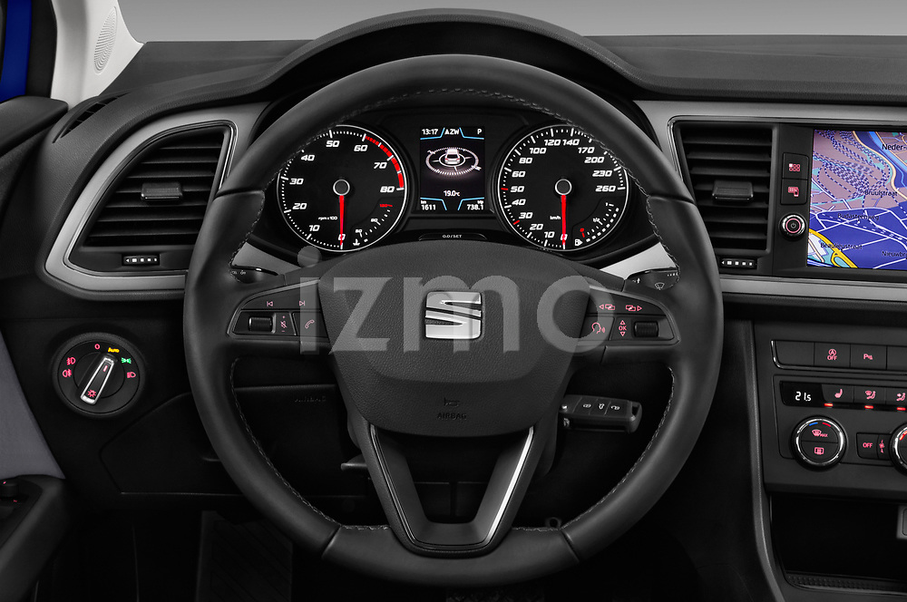 Car pictures of steering wheel view of a 2017 Seat Leon Style 5 Door Hatchback Steering Wheel