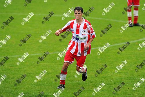 2011-07-16 / Voetbal / seizoen 2011-2012 / Hoogstraten VV / Nick Van Huffel..Foto: mpics