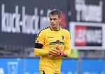 FussballFussball: agnph001:  1. Bundesliga Saison 2019/2020 27. Spieltag 23.05.2020<br /> SC Freiburg - SV Werder Bremen<br /> Torwart  Alexander Schwolow (SC Freiburg) <br /> FOTO: Markus Ulmer/Pressefoto Ulmer/ /Pool/gumzmedia/nordphoto<br /> <br /> Nur für journalistische Zwecke! Only for editorial use! <br /> No commercial usage!