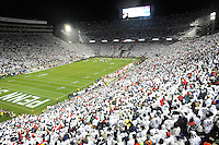 22 October 2016:  The 10th ever whole stadium white out. The Penn State Nittany Lions upset the #2 ranked Ohio State Buckeyes 24-21 at Beaver Stadium in State College, PA. (Photo by Randy Litzinger/Icon Sportswire)