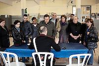 Voghera 16-04-2012: parenti delle vittime della Fibronit a Voghera si accreditano per seguire il processo contro l'azienda Fibronit di Broni..L'azienda ha lavorato amianto dal 1914 al 1994 a Broni (PV) causando, in proporzione per numero di abitanti, più vittime per mesotelioma pleurico di Casale Moferrato.