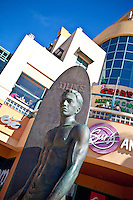 Surf Satue Duke Kahanamoku In Huntington Beach
