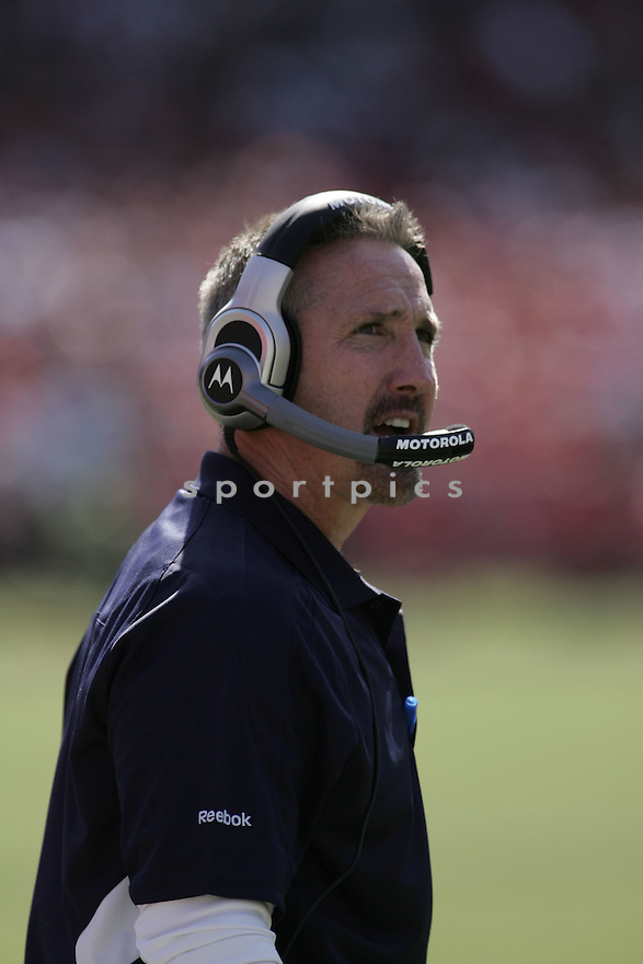 STEVE SPAGNUOLO, of the St. Louis Rams in action during the Rams game against San Francisco 49ers  in San Francisco, CA on October 4, 2009.  The 49ers  beat the Rams 35-0..