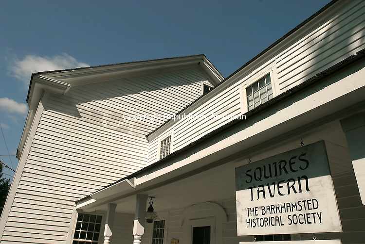 BARKHAMSTED, CT- 24 SEPTEMBER 2008 --092408JS12--The historic Squires Tavern in Barkhamsted. <br /> Jim Shannon / Republican-American