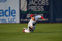 Auburn Doubledays left fielder Jonathan Pryor (7) makes a diving catch during a game against the Connecticut Tigers on August 9, 2017 at Falcon Park in Auburn, New York.  Connecticut defeated Auburn 6-4.  (Mike Janes/Four Seam Images)
