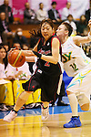 (L-R) Maya Kawahara (Antelopes), Asami Yoshida (Sunflowers), MARCH 19, 2013 - Basketball : The 14th Women's Japan Basketball League Playoffs Final Game #4 between Toyota Antelopes 61-72 JX Sunflowers at 2nd Yoyogi Gymnasium, Tokyo, Japan. (Photo by AFLO SPORT) [1156]