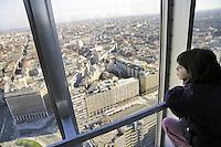 - Milan, opened to the public the viewpoint of 31st  floor of the Pirelli skyscraper, headquarters of Lombardy Region Authority<br /> <br /> - Milano, apertura al pubblico del belvedere al 31mo piano del grattacielo Pirelli, sede della Regione Lombardia