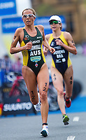 10 APR 2011 - SYDNEY, AUS - Emma Snowsill - women's ITU World Championship Series triathlon in Sydney, Australia .(PHOTO (C) NIGEL FARROW)