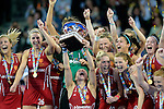 ENG - London, England, August 30: Team of England receives the EuroHockey 2015 trophy after winning the final against The Netherlands on shoot-out on August 30, 2015 at Lee Valley Hockey and Tennis Centre, Queen Elizabeth Olympic Park in London, England.  (Photo by Dirk Markgraf / www.265-images.com) *** Local caption *** Kate RICHARDSON-WALSH #11 of England lifts the trophy