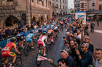 peloton cheered on downtown Innsbruck<br /> <br /> MEN ELITE ROAD RACE<br /> Kufstein to Innsbruck: 258.5 km<br /> <br /> UCI 2018 Road World Championships<br /> Innsbruck - Tirol / Austria