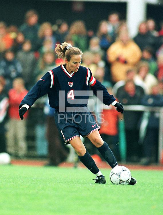 USA's Carla Overbeck.