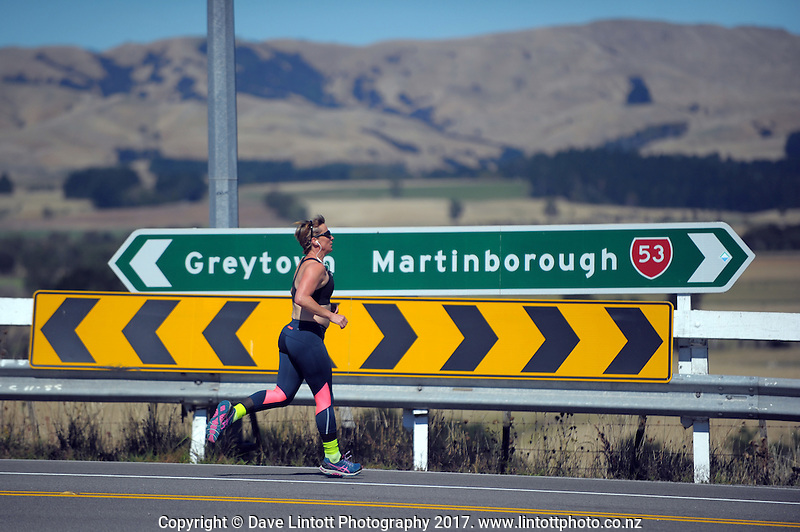 Action from 2017 PWC Foundation Charity Relay from Wellington to Martinborough, New Zealand on Friday, 24 February 2017. Photo: Dave Lintott / lintottphoto.co.nz