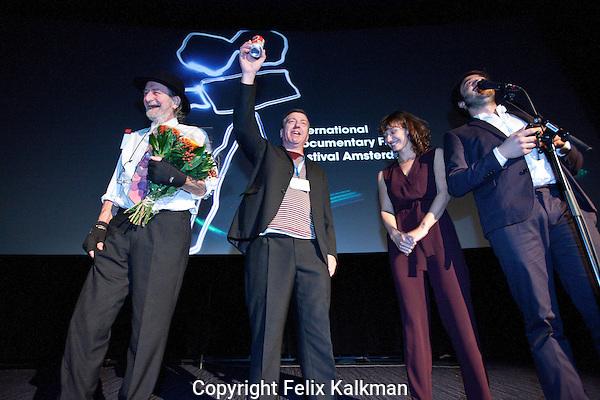 Amsterdam, 23 november 2013<br /> International Documentary Filmfestival Amsterdam, IDFA<br /> Premiere Ne Me Quitte Pas, Niels van Koevorden en Sabine Lubbe Bakker met Marcel en Bob<br /> Photo by Felix Kalkman