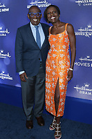 LOS ANGELES - JUL 26:  Al Roker, Deborah Roberts at the Hallmark Summer 2019 TCA Party at the Private Residence on July 26, 2019 in Beverly Hills, CA