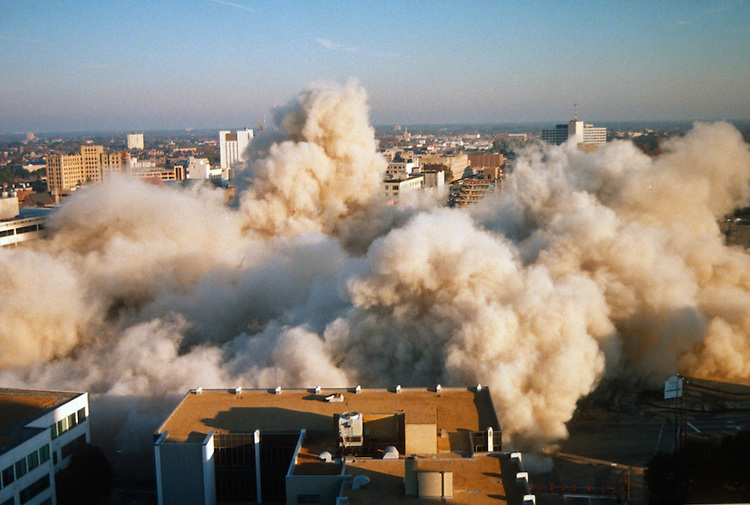1996 November 24..Redevelopment..Macarthur Center.Downtown North (R-8)..SEQUENCE 18.IMPLOSION OF SMA TOWERS.LOOKING NORTH FROM ROOFTOP .OF MAIN TOWER EAST.PV3..NEG#.NRHA#..