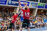 Schmidt, David (TVB 1Stuttgart #77) / de Boer, Luca (HSG Nordhorn-Lingen #19) / Heiny, Lutz (HSG Nordhorn-Lingen #5) / TVB 1898 Stuttgart - HSG Nordhorn Lingen / HBL / LIQUI MOLY 1.Handball-BundesligaSCHARRena / Stuttgart Baden-Wuerttemberg / Deutschland <br /> <br /> Foto © PIX-Sportfotos *** Foto ist honorarpflichtig! *** Auf Anfrage in hoeherer Qualitaet/Aufloesung. Belegexemplar erbeten. Veroeffentlichung ausschliesslich fuer journalistisch-publizistische Zwecke. For editorial use only.