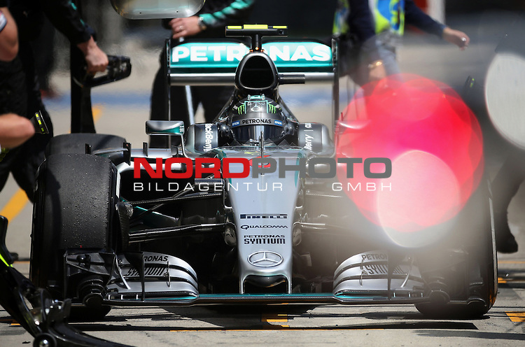 12.04.2015, Shanghai-International-Circuit, Schanghai, CHN, Gro&szlig;er Preis von China / Schanghai 2015, im Bild  Nico Rosberg (GER), Mercedes GP<br /> for the complete Middle East, Austria &amp; Germany Media usage only!<br />  Foto &copy; nph / Mathis