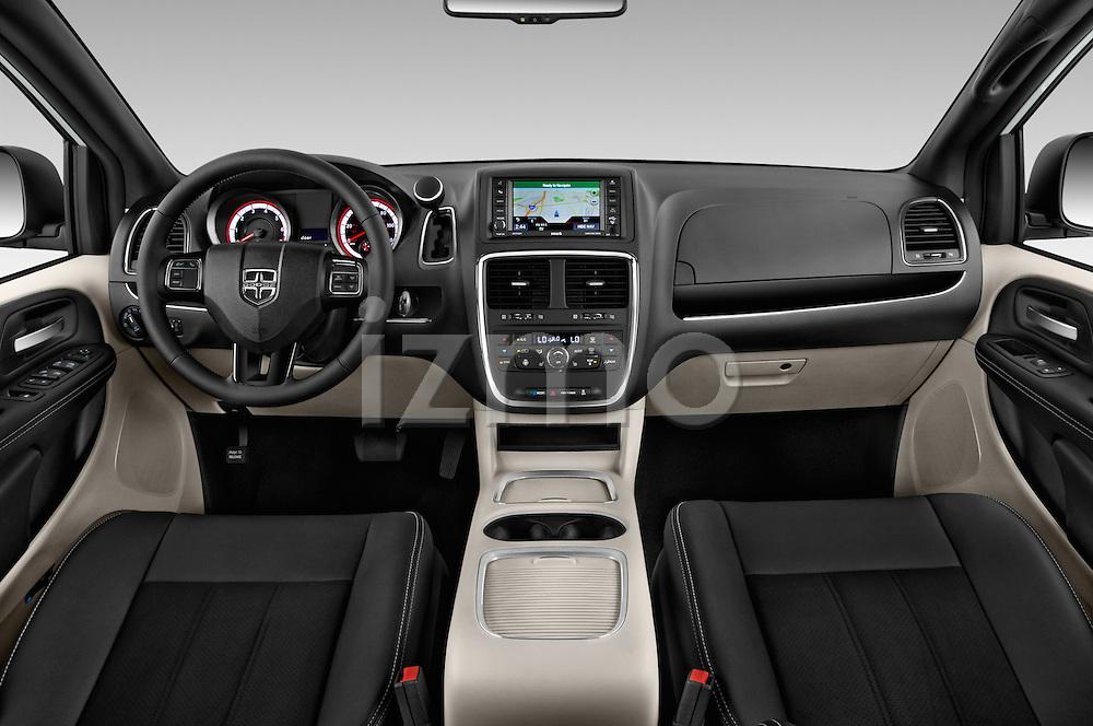 Stock photo of straight dashboard view of 2018 Dodge Grand-Caravan SXT 5 Door Minivan Dashboard